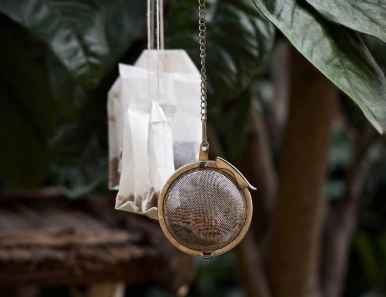 Feuilles de thé en vrac ou en sachets : lequel est le plus sain ?