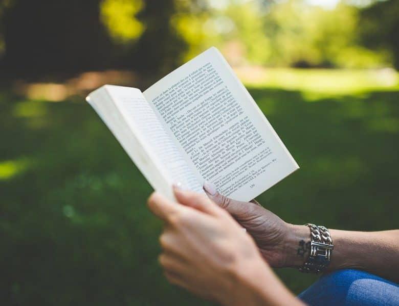 4 raisons pour lesquelles la lecture est bonne pour la santé