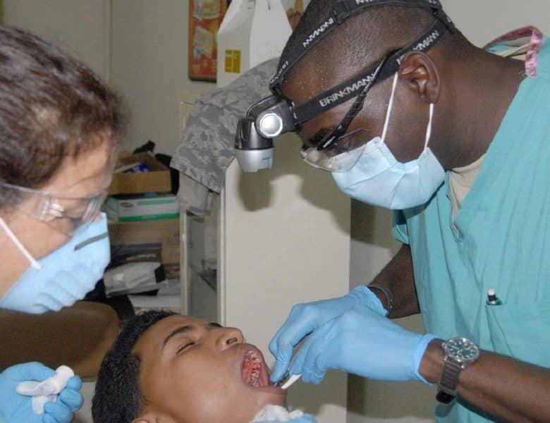 Pourquoi faire le choix des facettes dentaires ?