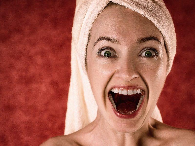 Pourquoi faire son blanchiment dentaire en institut de beauté ?